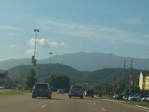 Alabama or bust great smokie mountains approaching gatlinburg2